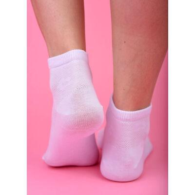 Félszárú női zokni fehér áttört virágos