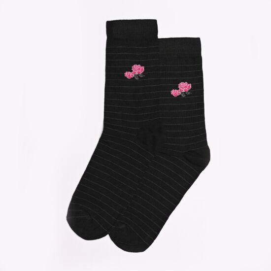 Női bokazokni fekete alap rózsa