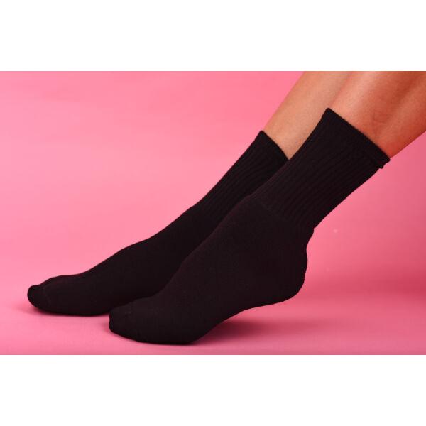 Női sportzokni- elasztikus fekete