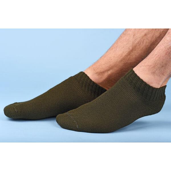 Vadász rövidállású zokin